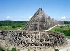 """Shiverin Timbers"" at an amusement park in Muskegon, Michigan."