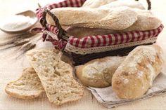 La ciabatta è un tipo di pane dalla forma allungata, di origini venete, dall'impasto idratato che presenta, dopo la cottura, una perfetta alveolatura.