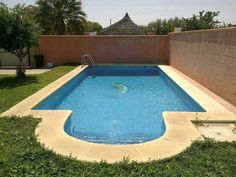 EL PUERTO (Fuentebravia) Detached House, 3 Bedrooms, 2 Baths, AC/Heat Private Yard with Parking & Private Pool: 1.100Eur/month Including Pool and Yard Maintenance. €1,100.00 EUR