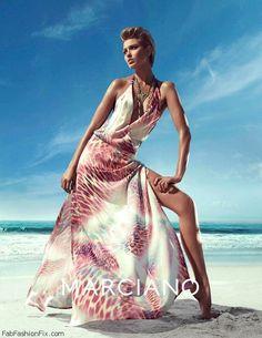 clara5 Foto Fashion, Vogue Fashion, High Fashion, Fashion Poses, Fashion Shoot, Editorial Fashion, Clara Alonso, Guess By Marciano, Rock Dress