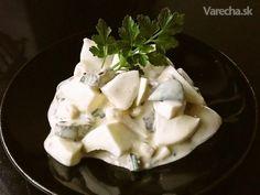 Vajíčkový šalát - recept   Varecha.sk Russian Recipes, Ale, Pudding, Desserts, Food, Tailgate Desserts, Deserts, Ale Beer, Custard Pudding
