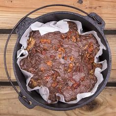 35 Incredibly Easy Dutch Oven Recipes For Camping - 50 Campfires Food To Take Camping, Camping Meals, Camping Recipes, Easy Dutch Oven Recipes, Cast Iron Recipes, Backpacking Food, Peanut Butter Recipes, Healthy Recipes, Healthy Food