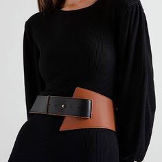 CHARLES & KEITH's collection of thin and chunky belts with grommet details, chain links and embellished buckles offer practicality and posh at the same time. Fashion Belts, Leather Fashion, Fashion Outfits, Fashion Clothes, Leather Bustier, Leather Belts, Leather Accessories, Fashion Accessories, Fashion Details