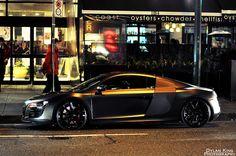 Audi R8 MidNight Black
