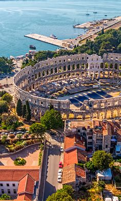 Croatia's gorgeous Pula Arena is among the sixth largest amphitheatres still left standing #Croatia