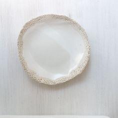 Shallow dish approx 17cm | MH Ceramics