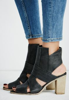 Free People Effie Block Heel: Black