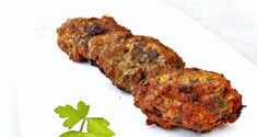 Cypriot meatballs made of pork mince or a mixture of pork and beef mince, with potato and a wonderful smell of spearmint and cinnamon. Pork Mince, Mediterranean Recipes, Tandoori Chicken, Good Food, Greek, Appetizers, Potatoes, Snacks, Vegan