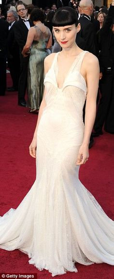 Oscar Fave!  Rooney Mara, Givenchy  I don't care nobody liked it, I loved it!
