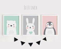 Afdrukbare baby Art Set van 3 Poster babyruimte Wall art Kids room decor Mint grijs roze dragen Bunny Penguin dieren Print 8 x 10, 30x45cm