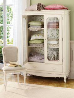 Un armario de aspecto 'shabby'