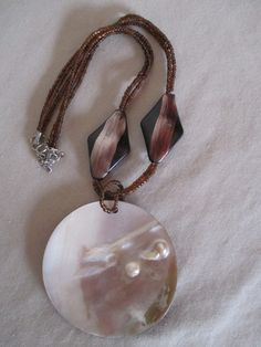 Necklace Vintage Shell Pendant Iridescent Brown by HobbitHouse