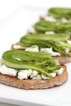 Shaved asparagus and goat cheese bruschetta with chive-infused oil #recipe