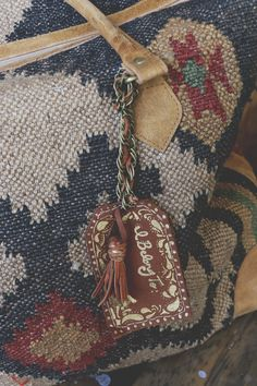 Customize Your Carry-On With A DIY Luggage Tag   Free People Blog #freepeople