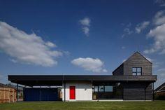 Mjölk architekti , BoysPlayNice · The Fence House
