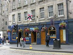 The World's End Tavern in the Royal Mile - Edinburgh, Scotland. Address: 4 High St, Old Town, Edinburgh, City of Edinburgh British Pub, British Isles, The Places Youll Go, Places To See, Royal Mile Edinburgh, Edinburgh City, Scotland Travel, Scotland Trip, Glasgow Scotland