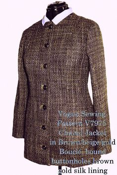 Sewing Chanel-Style, how to sew a Chanel Inspired jacket? Chanel Style Jacket, Couture Jackets, Vintage Classics, Chanel Couture, Vogue Sewing Patterns, Chanel Fashion, Mode Vintage, Vintage Chanel, Catwalk