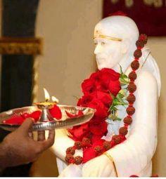 Sai Baba Pictures, Sai Baba Photos, God Pictures, Hanuman Pics, Sai Baba Hd Wallpaper, Sathya Sai Baba, Morning Greetings Quotes, Om Sai Ram, Pooja Rooms