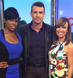 #ScandalS very own #ScottFoley stops by #NewYorkLive to chat with #JacqueReid and #SaraGore #NYC #NYL