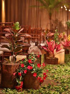 Decoração de casamento colorida no Espaço Jardim Leopoldina - Constance Zahn | Casamentos