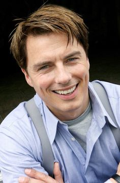 John Barrowman as Captain Jack Harkness (Doctor Who, Torchwood) Captain Jack Harkness, John Barrowman, Hot Actors, Actors & Actresses, Jack Johns, Oh Captain My Captain, British Men, British American, Torchwood