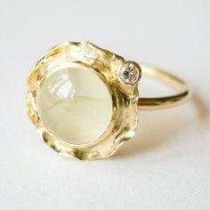 Lovely green prehnite and diamond set in gold. Www.hoogenboombogers.com