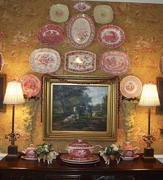 Red transferware plates & platters hanging on wall - red, cream and gold toile wallpaper - Nancy's Daily Dish - I love what this decorator has done with the transferware plate collection surrounding the wall print. Plate Decor, Country Decor, Decor, French Decor, Cottage Decor, Plates On Wall, Transferware, English Decor, Home Decor