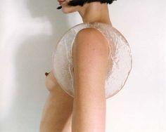 Naomi Filme Ice under arm - 1999