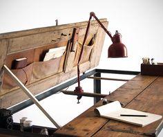 Manoteca Convertible Desk Table on http://www.gearculture.com
