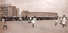 1901 Campo de fútbol de la Avenida de la Plaza de Toros (Plaza de Toros de la Fuente del Berro, donde está el actual Palacio de los Deportes). Aquí Jugó el Real Madrid hasta el año 1912
