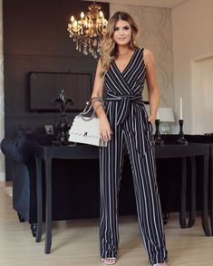 Stylish and Comfortable Pants Dresses Jumper Outfit Jumpsuits, Jumpsuit Outfit, Jumpsuits For Sale, Jumpsuits For Women, Chic Outfits, Dress Outfits, Fashion Outfits, Dresses, Outfit Elegantes