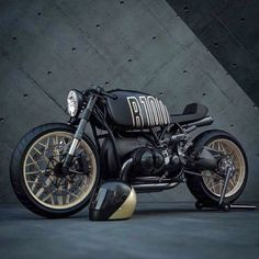 Everything but the riding position… BMW Cafe Racer. Everything but the riding position… Bmw Cafe Racer, Style Cafe Racer, Custom Cafe Racer, Cafe Racer Build, Cafe Racer Motorcycle, Buell Cafe Racer, Women Motorcycle, Motorcycle Garage, Bike Bmw