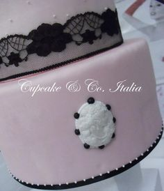 Cameo Lady Cake |Pinned from PinTo for iPad|