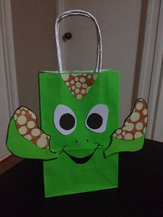 Squirt gift bag