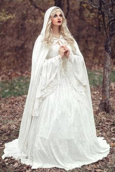 bbacbe7ce18 2017 Renaissance Gothic Lace Ball Gown Wedding Dresses With Cloak Plus Size  Vintage Bell Long Sleeve Celtic Medieval Princess Bridal Gown