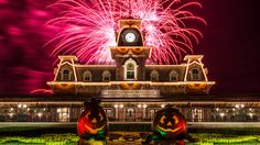 """It's time to start looking toward fall and Mickey's Not-So-Scary Halloween Party.  Guests wanting to get their """"Halloween On"""" at the Magic Kingdom have 29 nights this year to do it, with one of the most popular special events at Walt Disney World."""