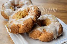 Taralli siciliani al limone glassati facili e veloci, biscotti da merenda, all'anice, ciambelline dolci, pasta frolla, ricetta siciliana, biscotti, dolci dopo cena