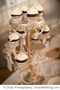 Our Favorite Wedding Cupcake Towers and Stands