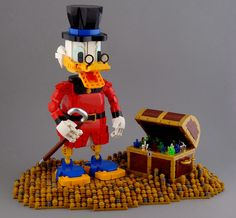 Wealthiest Disney character of all time You can't find any duck, or really anyone, wealthier than Scrooge McDuck! Check out this great build by Koen Zwanenburg. Lego Disney, Disney Pins, Dagobert Duck, Lego Challenge, Uncle Scrooge, Duck Tales, Scrooge Mcduck, Cool Lego Creations, Lego Design