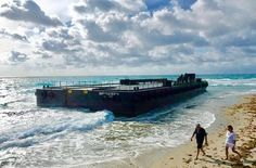 From @pbpost Tag your friends and follow us for more... An empty barge washed ashore Thursday morning on Ocean Reef Parks beach on Singer Island city police and U.S. Coast Guard officials said. . .  The barge was being towed and broke loose from the tugboat Na Hoku near the Lake Worth Inlet during a crew switch U.S. Coast Guard spokesman Eric Woodall said. The barge was empty when it broke loose. No one was injured nor is there any threat of pollution Woodall said. (Lannis Waters @lvw839…