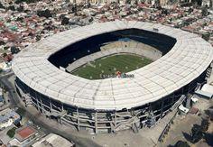 Estadio Jalisco. El Jalisco, cancha donde juega el Atlas, se ha ido quedando con el paso del tiempo. ¡Quizá le urge una remodelación.