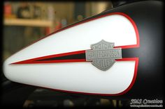 Galerie motos - Page 3 - Peinture moto, peinture casque, aérographe, airbrush, custom, Harley - JMS-Création - Vouvry (Suisse)