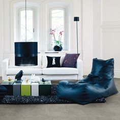 Interiors experts from the online home furnishings and décor brand Hayneedle have revealed the different domestic environments that each star sign thrives in. Home Design Decor, Interior Design Inspiration, Home Decor, Modern Wood Floors, Blue Rooms, Home Living Room, Decorating Your Home, Home Furnishings, Bean Bag Chair