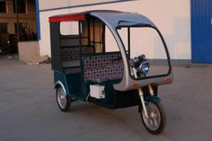 Electric tricycle Electric Tricycles Adult Tricycle, Electric Tricycle, Vespa Scooters, Birthday Gifts, Wheels, Cars, Luxury, Vehicles, Bicycles
