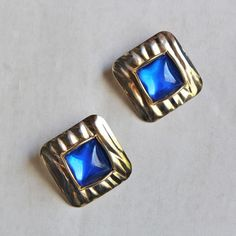 VINTAGE SUQARE BEADS EARRING (GOLD & BLUE)/ヴィンテージ・イヤリング