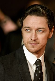 the ruling class james mcavoy - Hledat Googlem