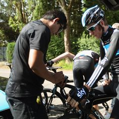 Bradley Wiggins prepares for a training ride ahead of the 2012 Tour de France on June 28, 2012 in Liege, Belgium. (Photo by Bryn Lennon/Getty Images).