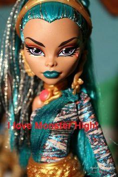 I love Monster High!
