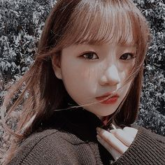 Kpop Girl Groups, Kpop Girls, Yu Jin, Ulzzang Couple, I Icon, Aesthetic Girl, The Wiz, Aesthetic Pictures, Cool Girl