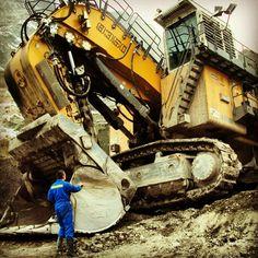 Liebherr mining shovel ...